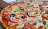 Пиццы в «BEERлоге»