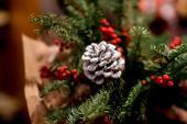 """24 декабря - успей забронировать столик для своей компании в ресторане """"Золотой теленок"""""""